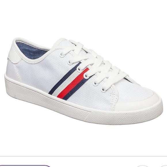 73461d901 Tommy Hilfiger Women s Sneakers White   logo Sz 8